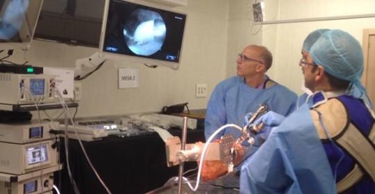 El Dr.Tey participa como Profesor en el Curso de Artroscopia de Cadera de Smith & Nephew